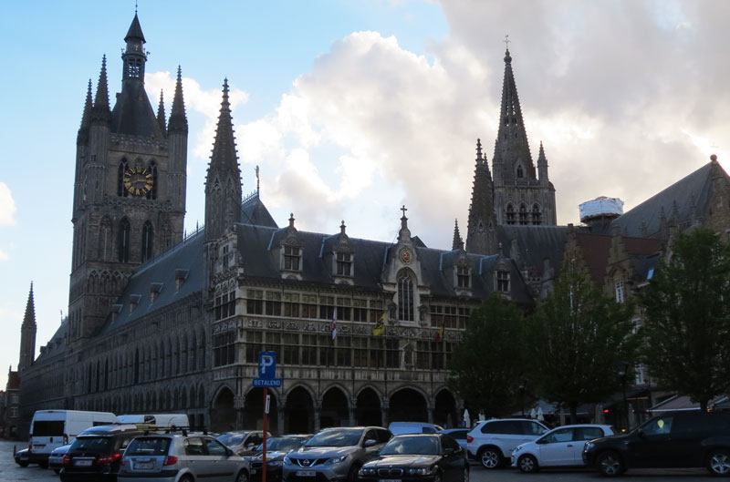 BE---Ypres-town-square