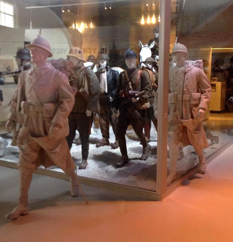 FR-Meaux-soldiers