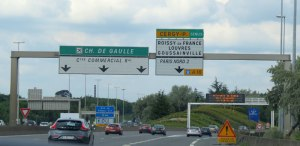 Freeway sign leaving Paris