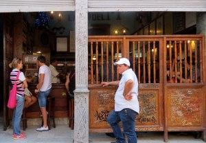 CU-Havana-Hemingway-bar