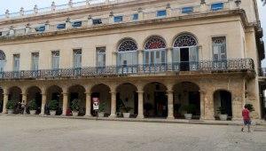 CU-Havana-restored-hotel