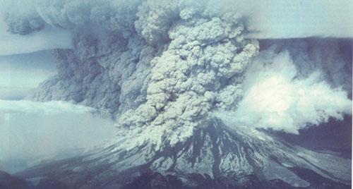 Mt.-St.-Helens-eruption
