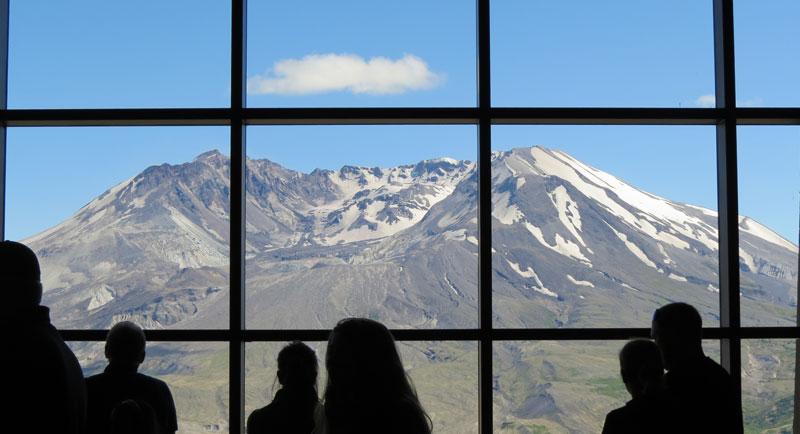WA-Mt-St-Helens-observatory
