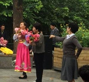 CH-Chengdu-park-performance