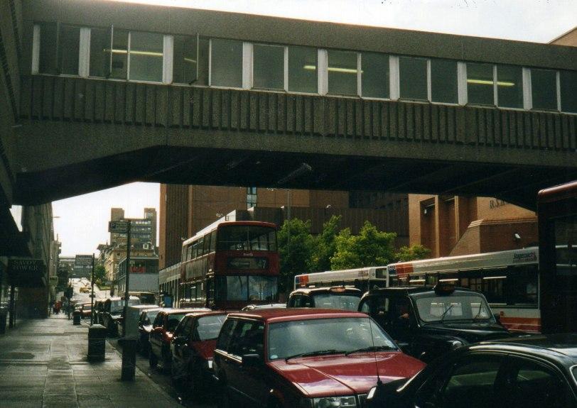 UK-2000-Glasgow-street