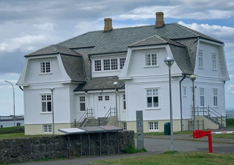 Iceland-Rejkavik-Hofdi-House-7-20-19