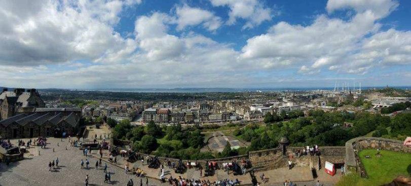 UK-Edinburgh-Castle-view - BJ