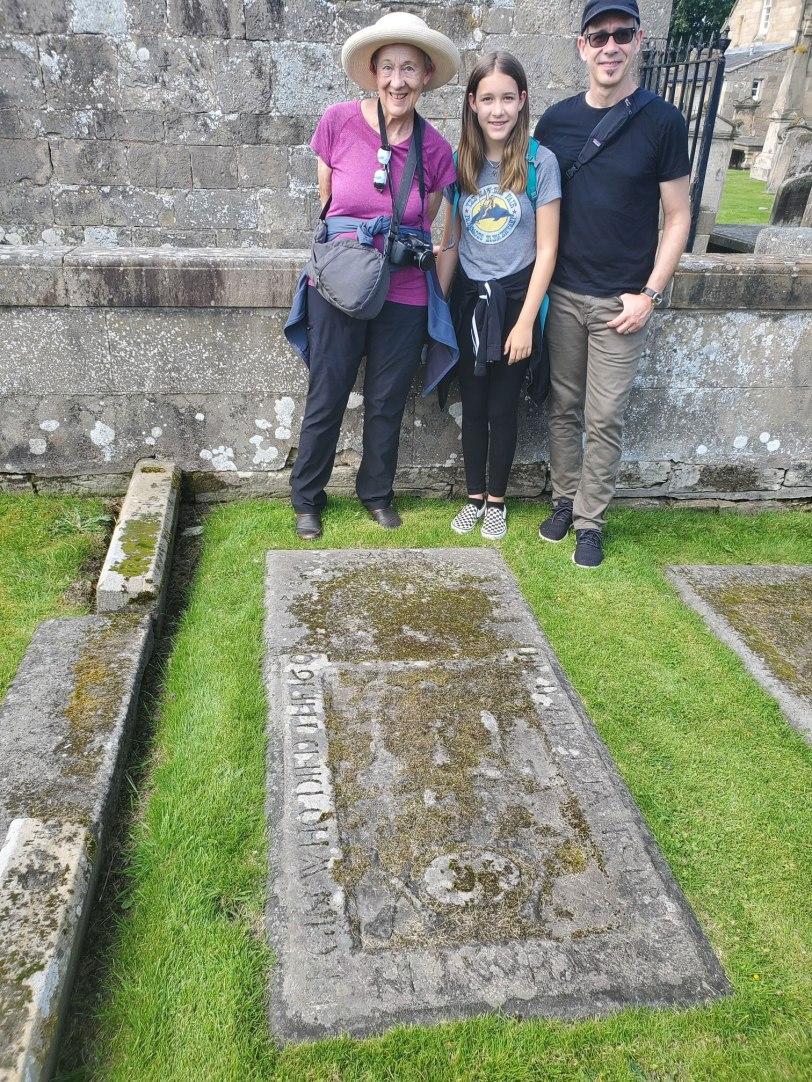 UK-Elgin-Brodie-3-generations-Brodie-grave