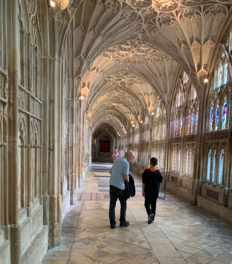UK-Gloucester-Cathedral-corridor-8-1-19