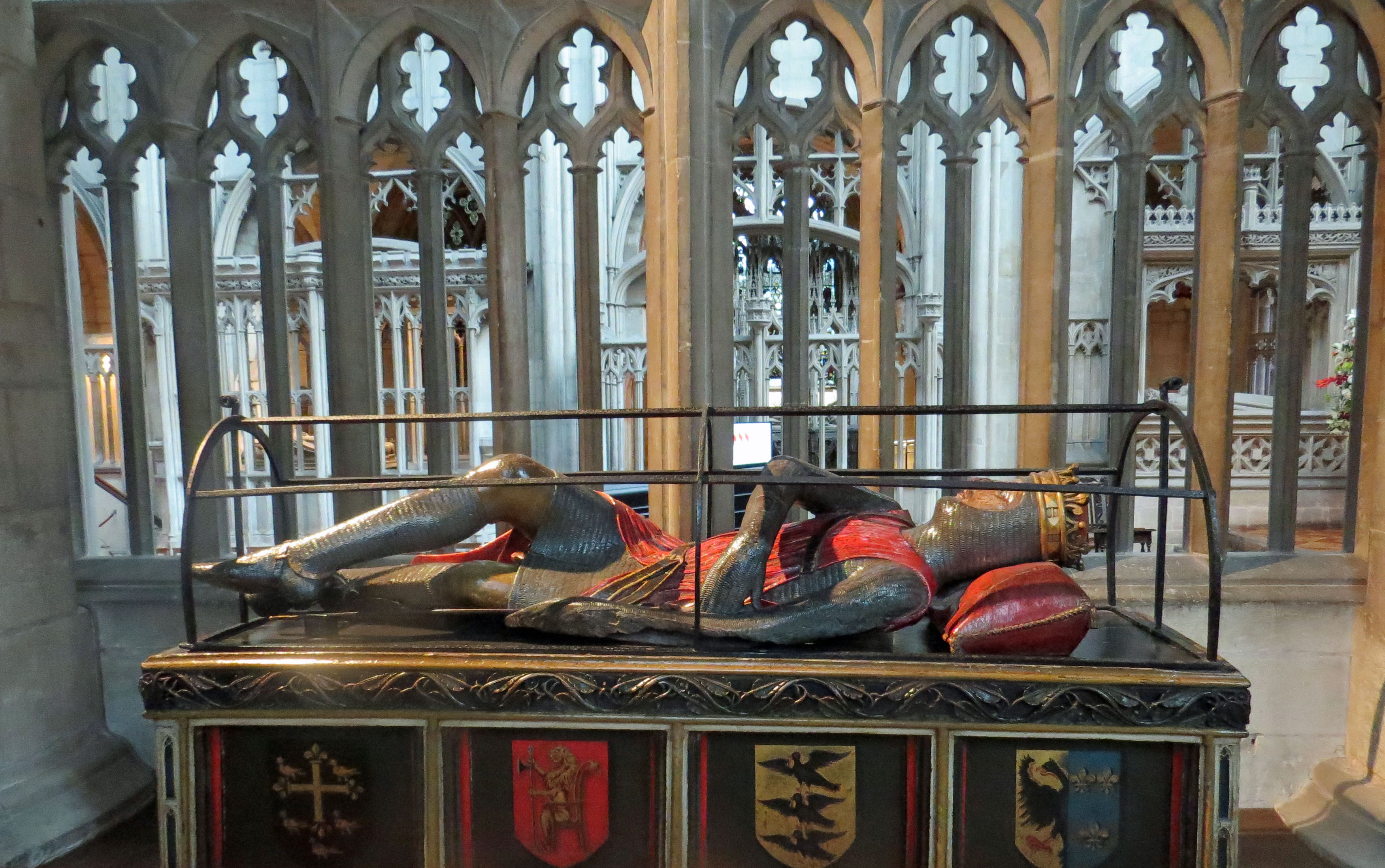 UK-Gloucester-Cathedral-son Wm the Conqueror